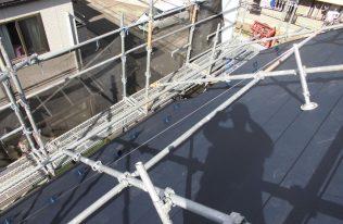 屋根:ガルバリウム鋼板張り