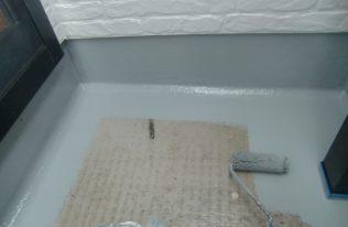防水:中塗り